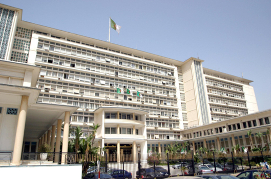 Faced with a 50% fall in its foreign exchange earnings, the Algerian government has adopted a protectionist turn (photo: DR).