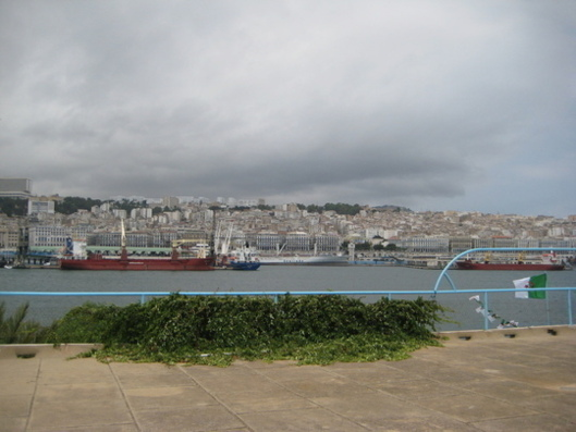 For each $1 of exports to Europe, Algeria imports $20 (photo: DR).