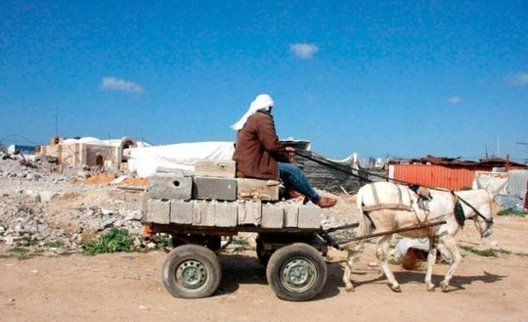 Agriculture, industry and construction represented 50% of GDP en 1990 but had fallen to 20% en 2009 (photo Suhair Karam/IRIN via UNRWA)