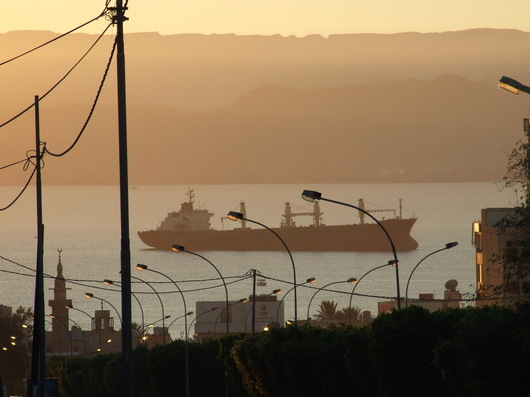 In Aqaba port activity is generating a great deal of air pollution. (Photograph F. André)