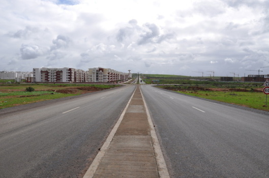 New cities like Tamesna, Near Rabat (Morocco) are growing in the southern shore of the Mediterranean (photo : CG)