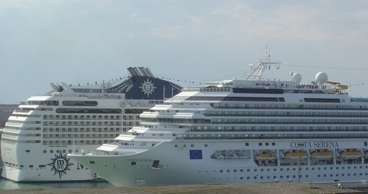 Cruises More Trouble Than Theyre Worth For Ports Of Call - Cruise ships in venice port