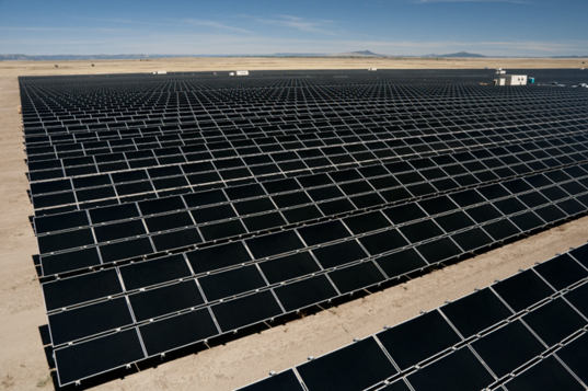 Desertec wants to build solar energy plants with a capacity of 200 gigawatts in Sahara (photo First Solar)