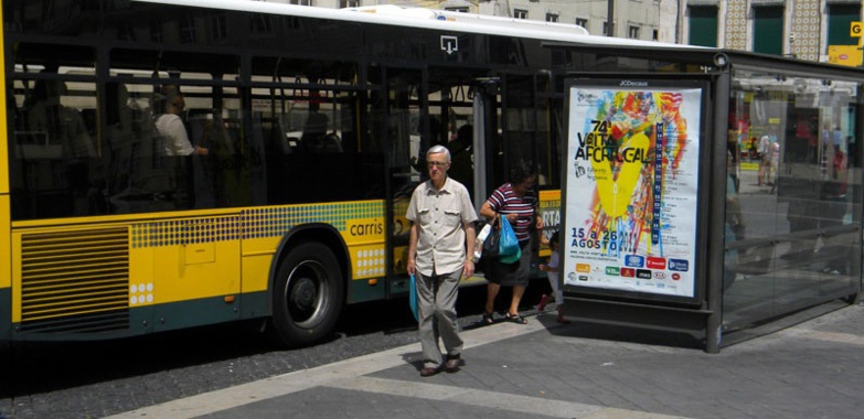 Portuguese buses in confined areas will only be able to carry passengers up to 50% of their capacity (photo: B.L.)