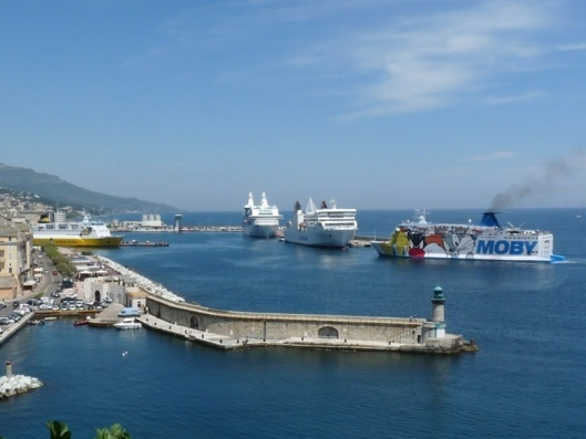 The SNCM will create a company with a scope dedicated to Public Services Outsourcing, as will Corsica Ferries. (Photo N.B.C)