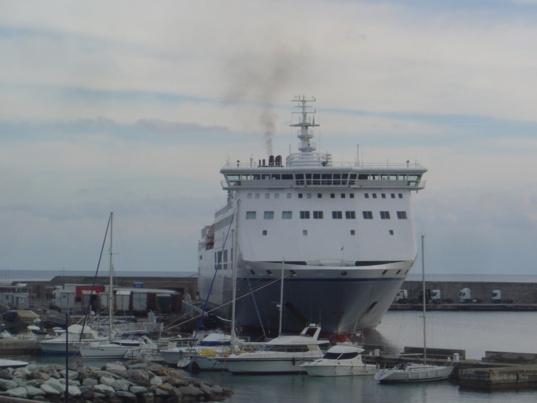 The traffics have increased only in the corsica's secondary ports (photo F.Dubessy)