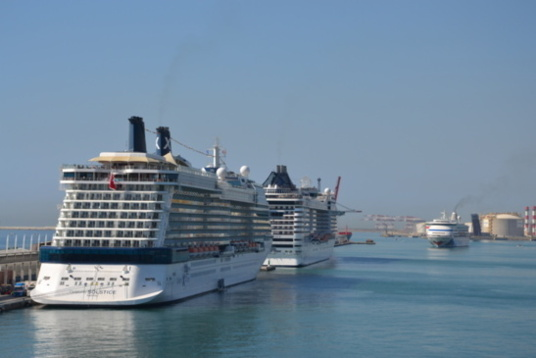 Barcelona remains the staple of Western Mediterranean cruises (photo F.Dubessy)