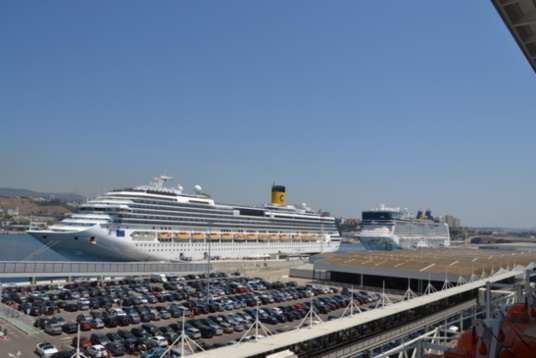 Marseille surfing the cruise ship wave in the mediterranean - Port embarquement croisiere marseille ...