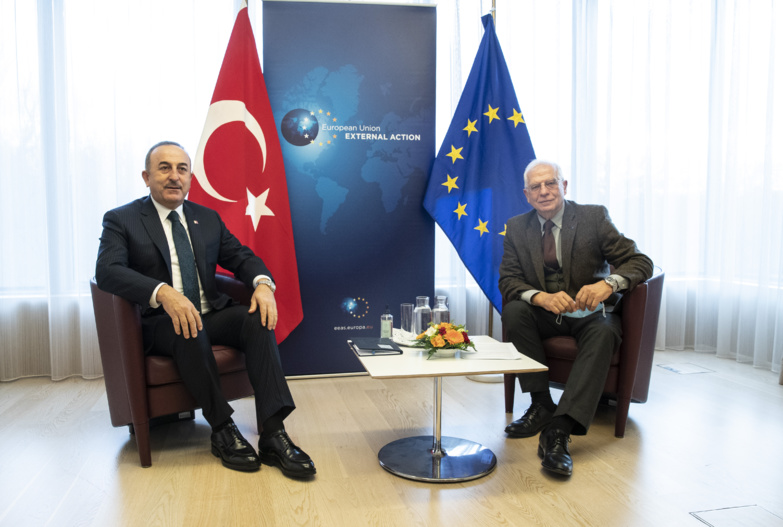 Turkish Foreign Minister Mevlüt Cavusoglu met his European counterpart Josep Borrell to affirm his willingness to normalise relations between his country and the EU (photo: European Council).