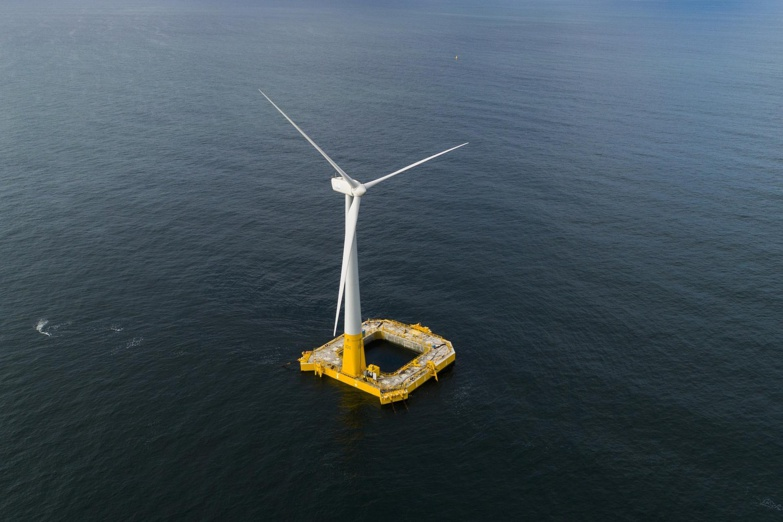 Floatgen, the first experimental floating wind turbine is located off the coast of Le Croisic in Brittany (photo: BW-idéol)