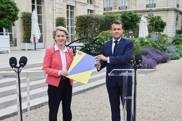 Ursula von der Leyen approves the recovery and resilience plan proposed by Emmanuel Macron (photo: EU)