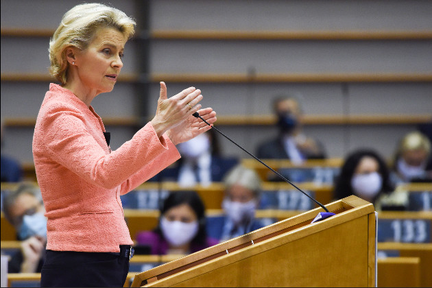 In front of the MEPs, Ursula von der Leyen set the priorities for the European Commission for the year 2021 (photo: Etienne Ansotte/EC Audiovisual Service).