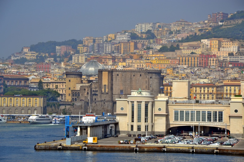 Campania, in this case Naples, one of the eight regions in southern Italy, has benefited from a tax advantage (photo: F.Dubessy).