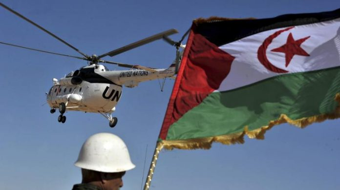 The Polisario Front flag flies over a Minurso helicopter (photo: DR)