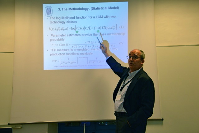 "Mohamed Chaffai  presented a preview of the results of his work on 6th October 2015 at the first international seminar on ""business and globalisation"" organised in Aix-en-Provence by Femise, CERDI, AMU, AMSE and Greqam. (photo N.B.C)"