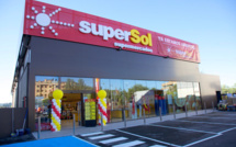 Carrefour offers itself Supersol