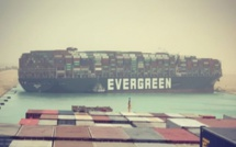 Suez Canal traffic blocked by grounded ship